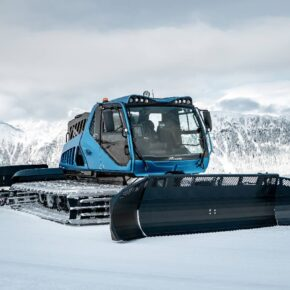 The world's First Hydrogen-Powered Snow Groomer
